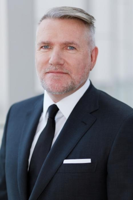 CEO Thomas Olek
